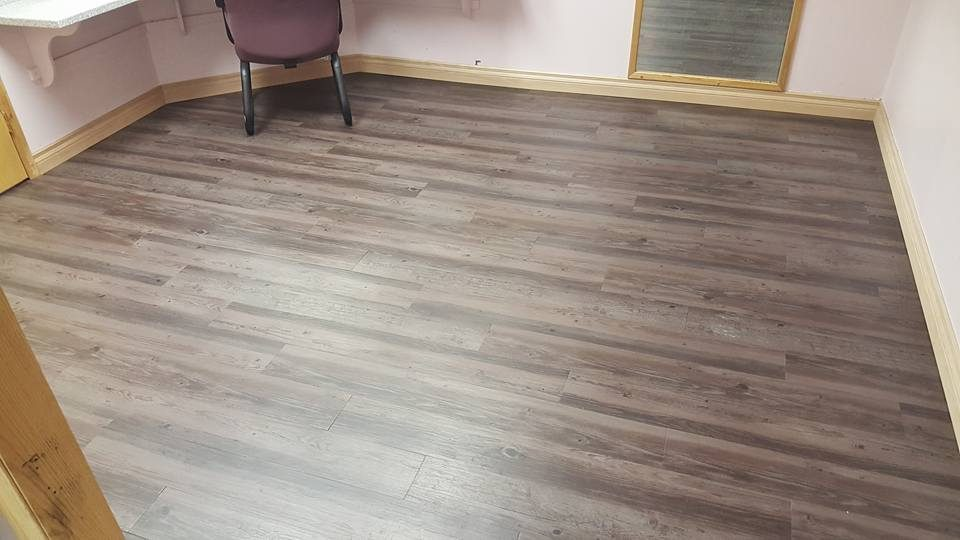 Dasher Construction does flooring
